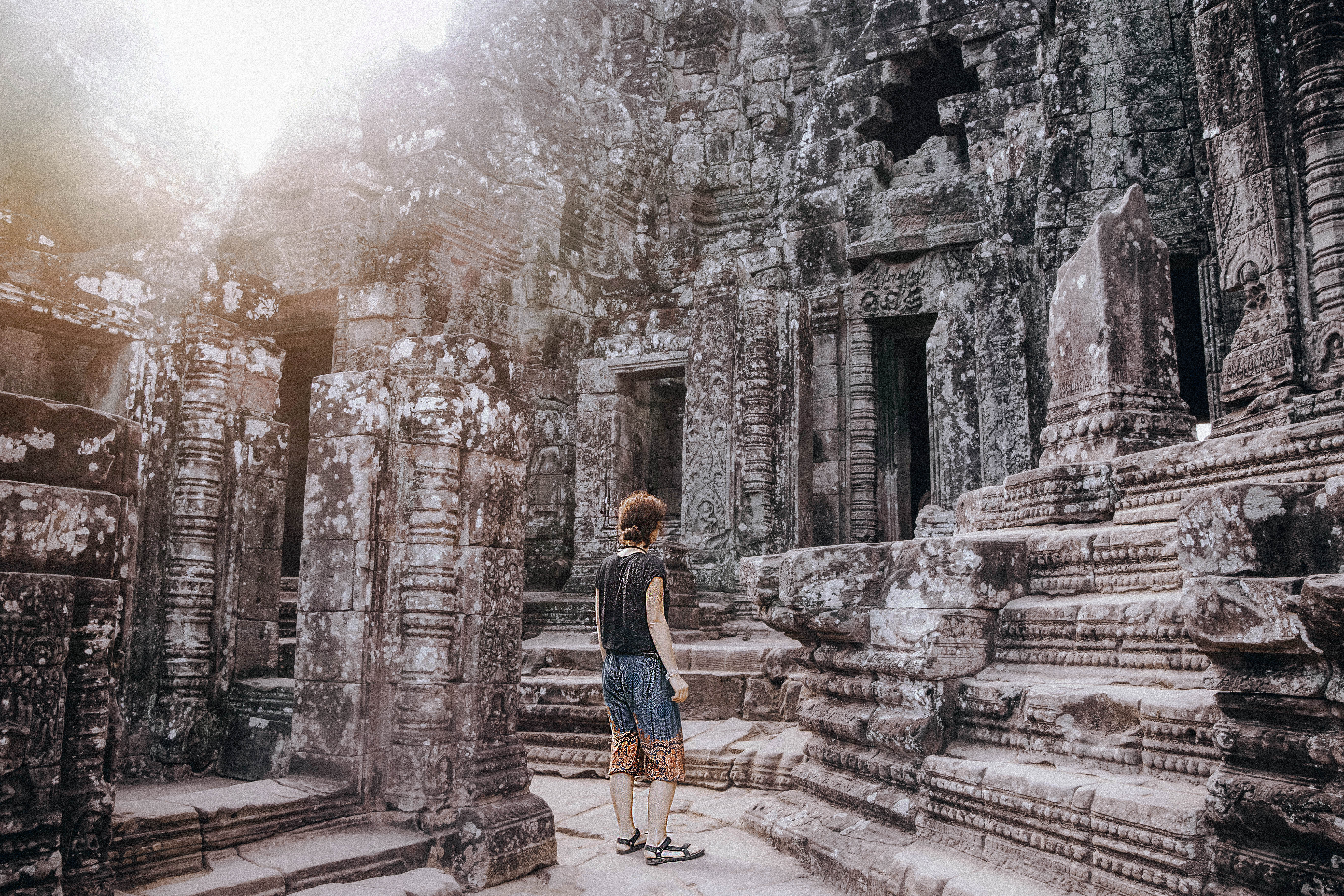cambodia siem reap exploring ancient temples sunrise