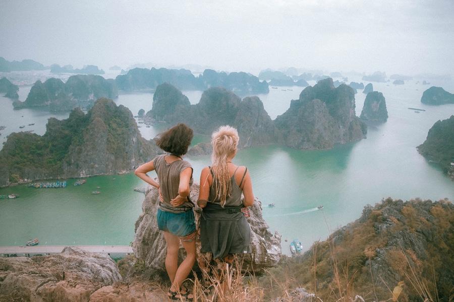 halong bay vietnam view