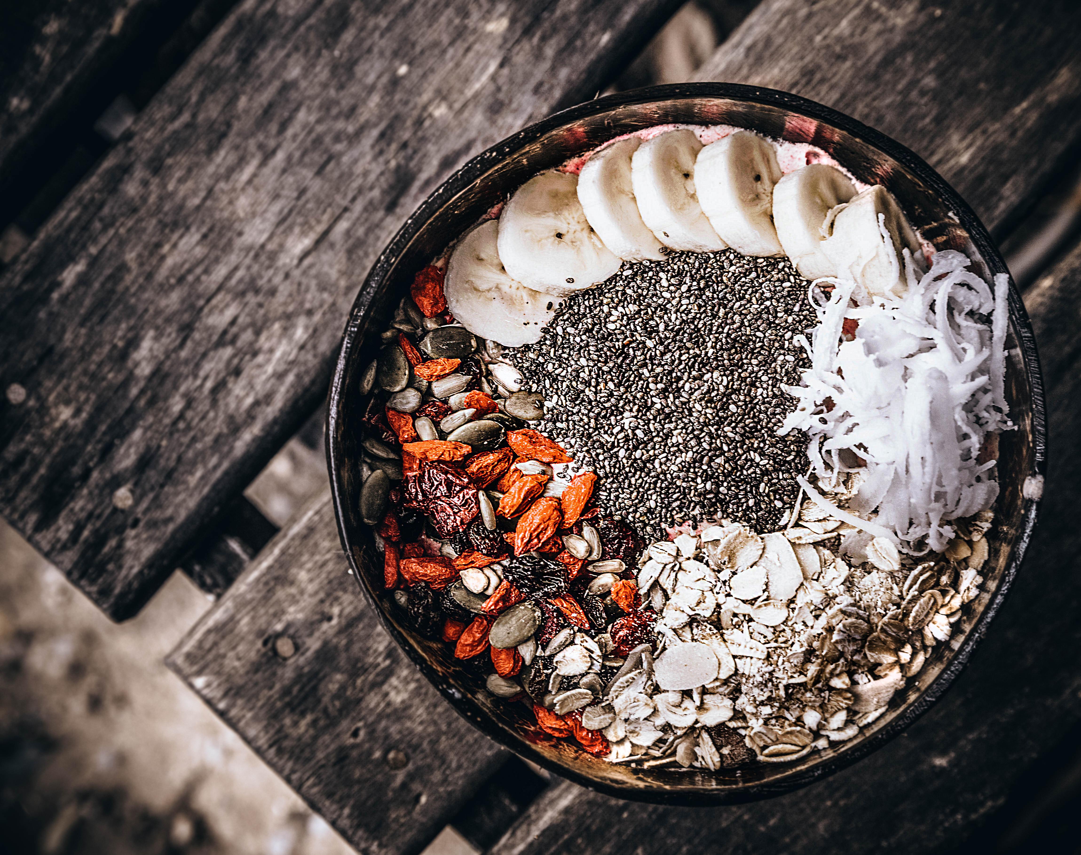 living juices smoothie bowl koh tao vegan restaurant cafe